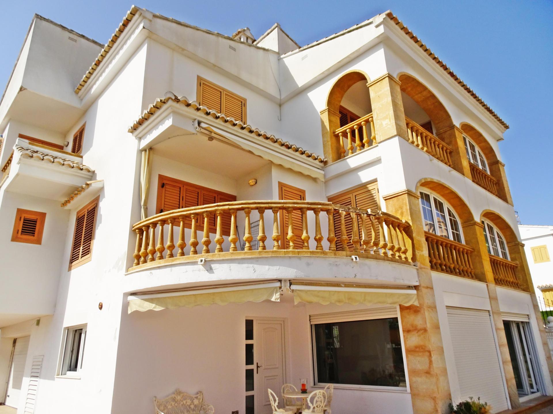 Einfamilienhaus -                                       Gandia -                                       5 Schlafzimmer -                                       10 Personen